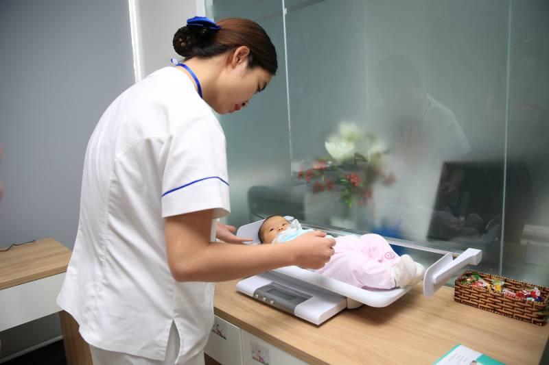 Lịch tiêm phòng đầy đủ cho trẻ sơ sinh từ 0 - 24 tháng tuổi