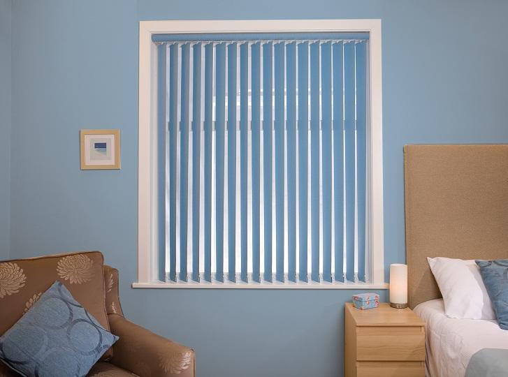 Kéo kín rèm cửa sổ