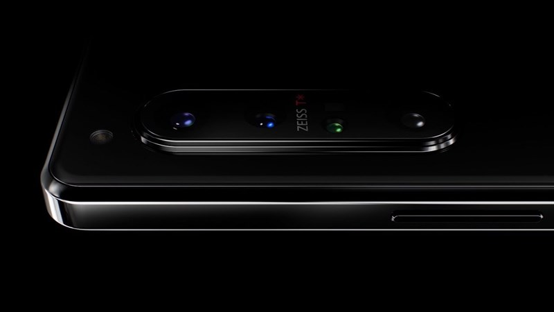 Lần đầu tiên Sony sử dụng hệ thống quang học Zeiss cho camera trên smartphone