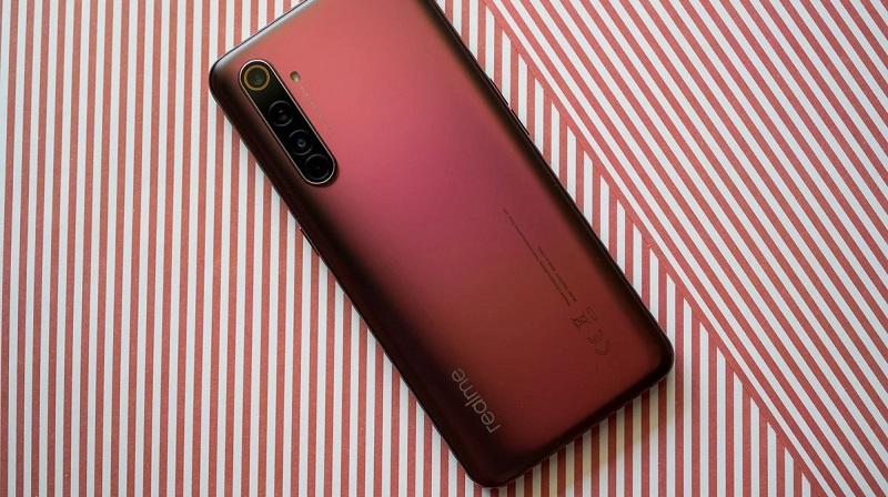 Realme X50 Pro 5G màu đỏ