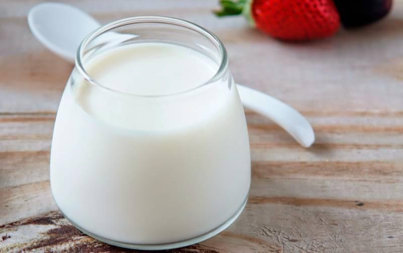 Những điều cần biết về sữa chua và nên cho bé dùng sữa chua khi nào?
