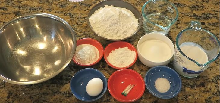 Nguyên liệu món ăn bánh tai yến