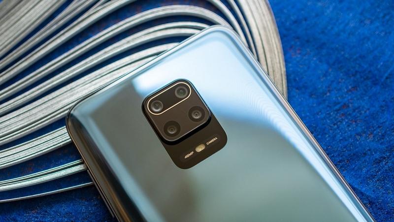 cụm camera hình vuông trên Redmi Note 9 Pro