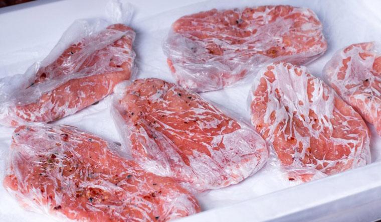 Đây là cách rã đông đúng chuẩn để thịt mềm, cá săn chắc