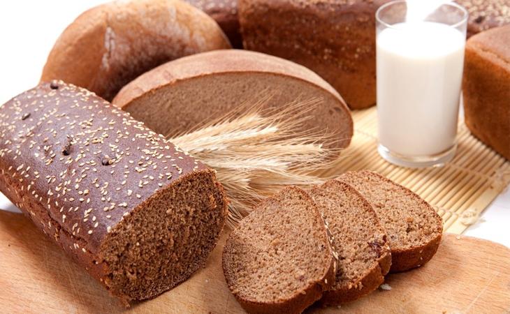 Cách làm bánh mì đen thơm ngon tại nhà, tốt cho sức khỏe