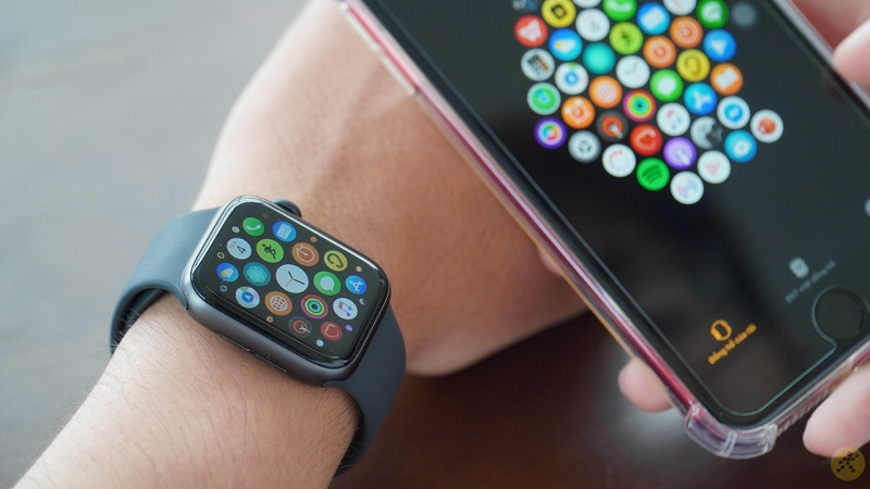 APPLE WATCH S5