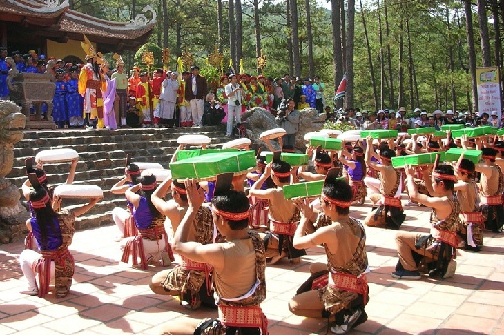 Nên dâng lễ gì trong lễ hội Đền Hùng?