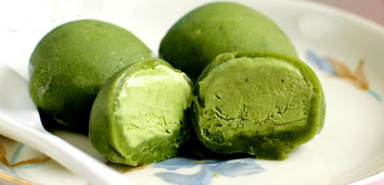 Cách làm bánh mochi trà xanh nhân kem mát lạnh đơn giản, thơm ngon