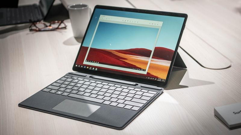 Surface Pro X chạy trong mình con chip di động đầu tiên