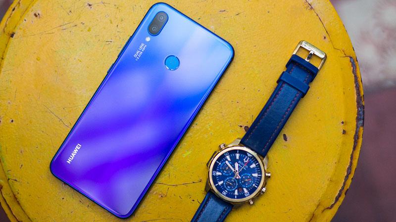 Huawei giảm giá