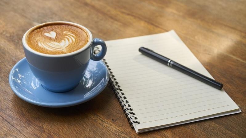 Tách cà phê mở đầu này làm việc