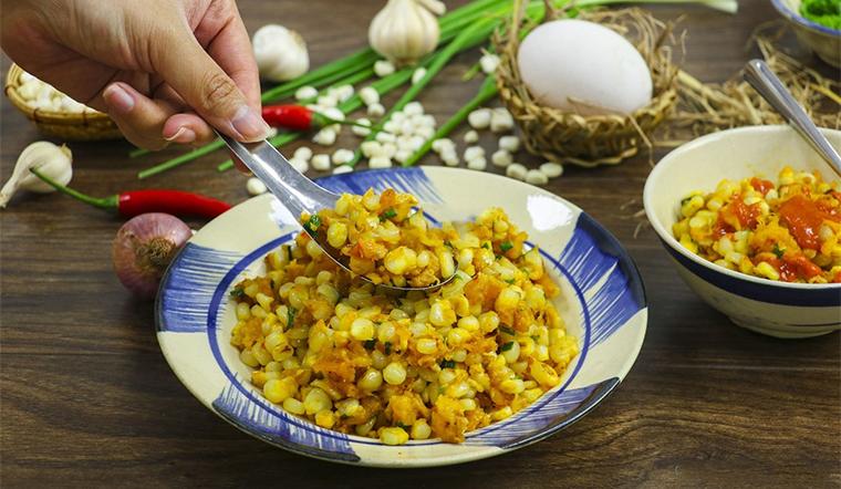Cách làm món bắp xào trứng muối thơm phức ngon ngất ngây