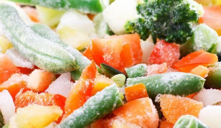 Mùa dịch COVID-19 mua thịt, cá, rau củ đông lạnh tại Bách hoá XANH để được giao hàng tận nơi