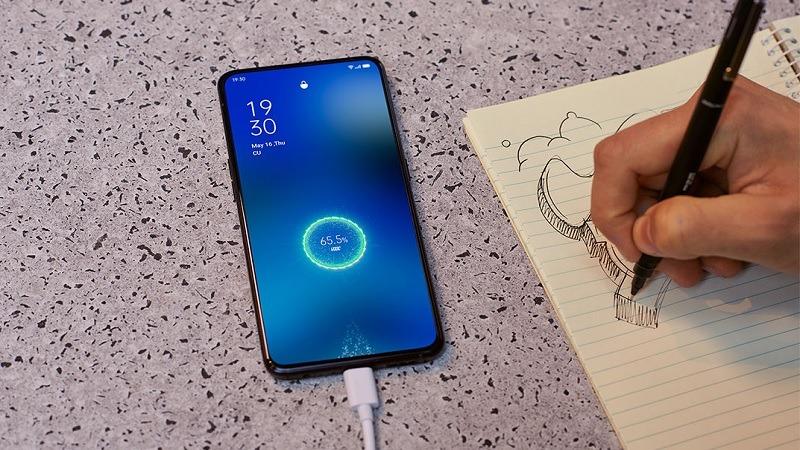 Đọ tốc độ sạc giữa 3 siêu phẩm: OPPO Find X2 Pro, Samsung Galaxy S20 Ultra và Huawei P40 Pro, đâu mới là 'ông trùm'?