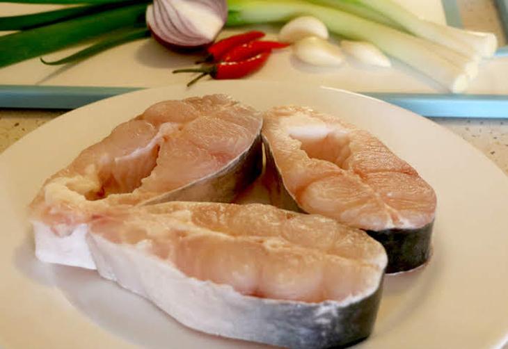 sơ chế cá bông lau