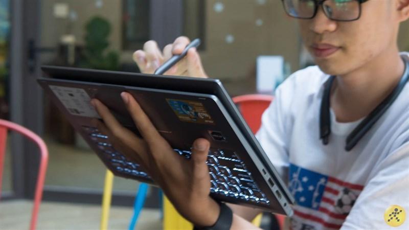 Laptop màn hình cảm ứng gập 360 độ VS Máy tính bảng bàn phím rời  Laptop màn hình cảm ứng gập 360 độ VS Máy tính bảng bàn phím rời: Cuộc chiến ngày càng ngay cấn 3 800x450