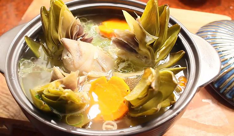 Cách làm món giò heo hầm bông Atiso tròn vị như quán ăn Đà Lạt