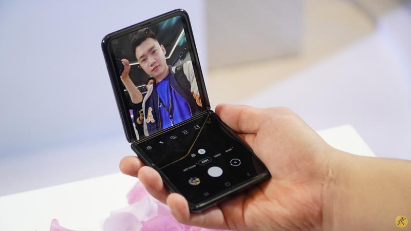 Độc quyền từ Sammobile: Samsung Galaxy Z Flip 5G sẽ có bộ nhớ 256GB, như vậy đã đủ chưa nhỉ?