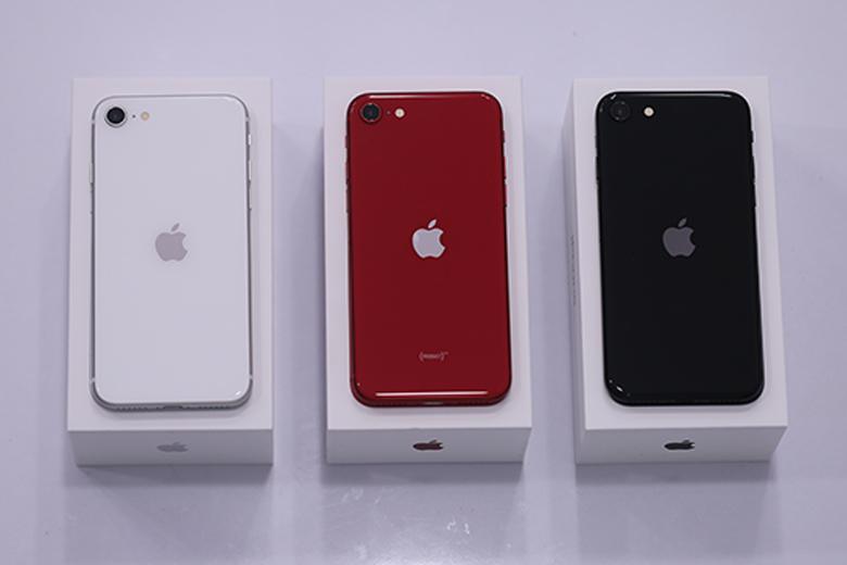 Trên tay iPhone SE 2020 vừa mới ra mắt