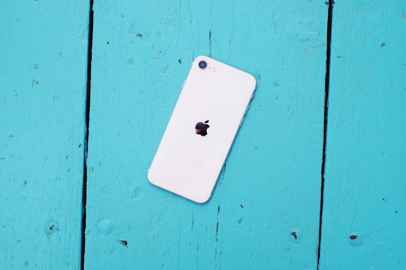 Apple phát hành bản cập nhật iOS 13.4.1 cho iPhone SE 2020