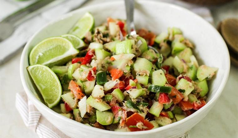 Cách làm salad bơ cá ngừ vừa ngon và lạ miệng lại còn đẹp da