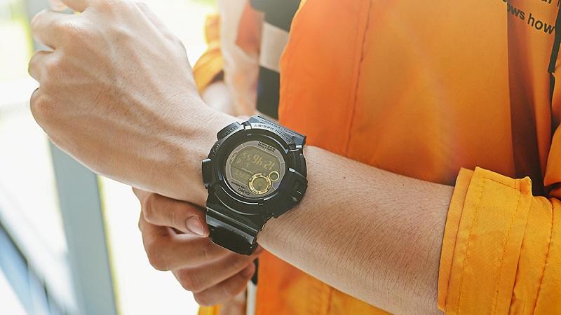 đồng hồ giảm sốc 50%