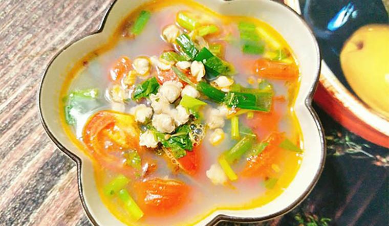 Cách nấu món canh hến cà chua lạ miệng đưa cơm