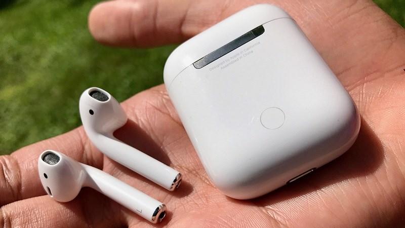 Tai nghe AirPods 2 xịn xò giảm lên đến 1 triệu khi mua online
