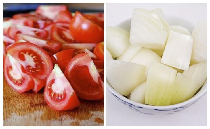 cắt cà chua và hành tây