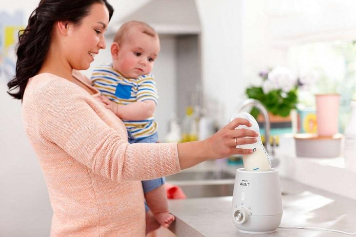 Không ủ sữa quá lâu trong máy hâm sữa