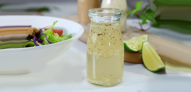 dầu giấm trộn salad từ giấm táo