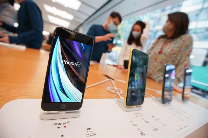 24% doanh số đến từ iPhone SE 2020