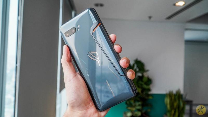 Flagship ASUS Zenfone 7 và ROG Phone III sẽ ra mắt vào tháng 7, anh em game thủ lại có cái để mong chờ rồi