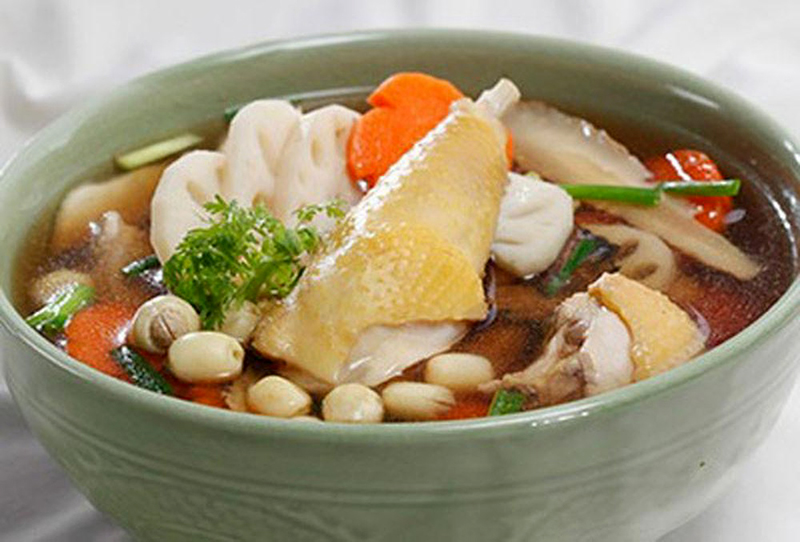 Cách làm món vịt hầm hạt sen thơm phức béo ngậy cho bữa cơm cuối tuần