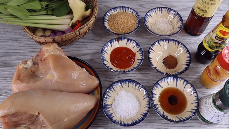 Nguyên liệu món ăn khô gà lá chanh
