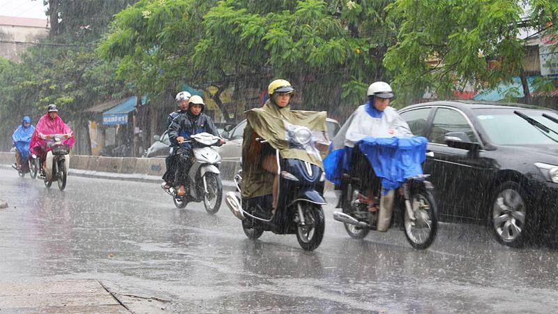 Hướng dẫn dùng điện thoại an toàn trong mùa giông bão