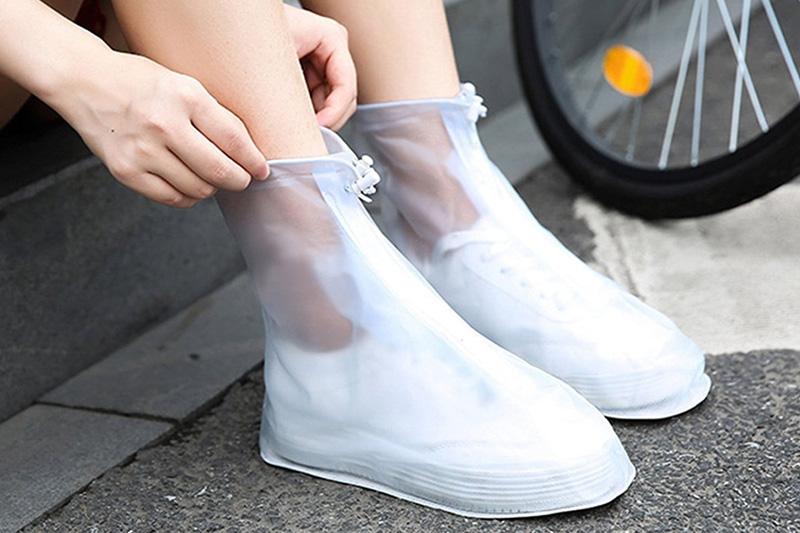 Hạn chế tối đa việc làm ướt giày