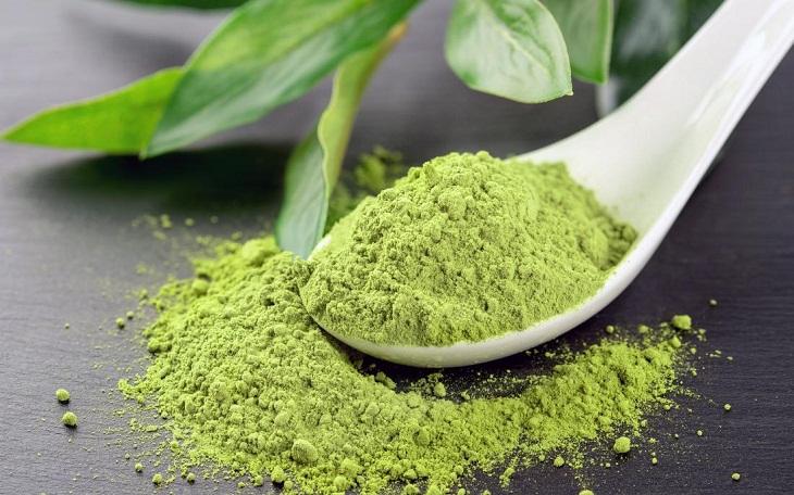 thành phẩm bột trà xanh từ lá trà khô