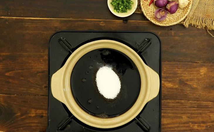 Bước 1 Làm nước tương tỏi ớt Bún nước tương