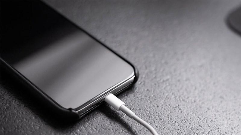 Hãy dừng lại cách sử dụng iPhone sai lầm trước đây