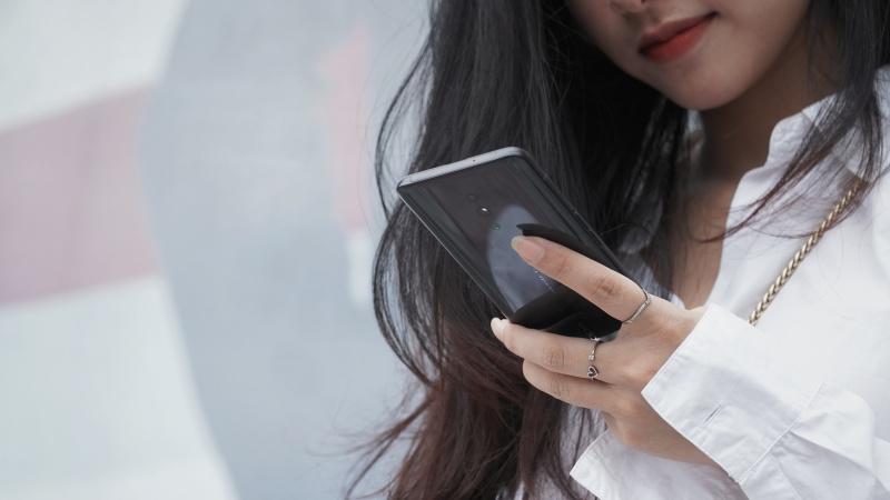OPPO Reno tại Việt Nam bắt đầu được cập nhật Android 10 với giao diện ColorOS 7