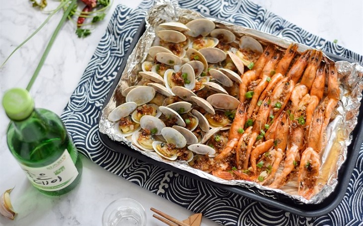 Bước 5 Thành phẩm Nấm nướng giấy bạc hải sản
