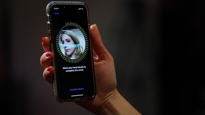 FaceID của iPhone  Nhận diện khuôn mặt Vs. Cảm biến vân tay: Xu thế hiện đại hay đa dụng? face id tr234n iphone xs c243 toc do nhan dien nhanh hon iphone x 401 800x450