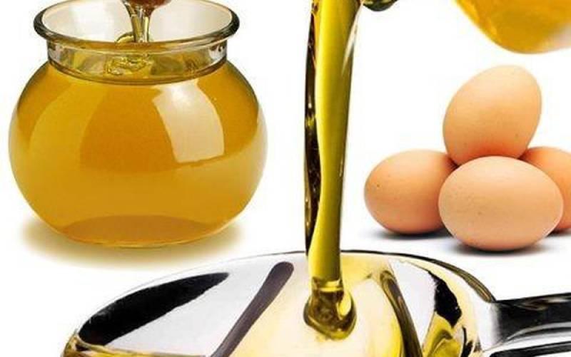 Ủ tóc bằng trứng gà, mật ong và dầu olive