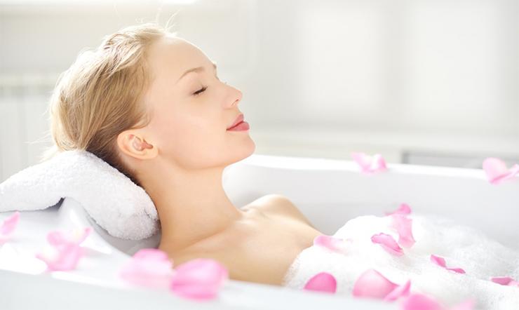 Tắm trắng toàn thân tại nhà với các nguyên liệu giá rẻ chưa đến 100.000đ