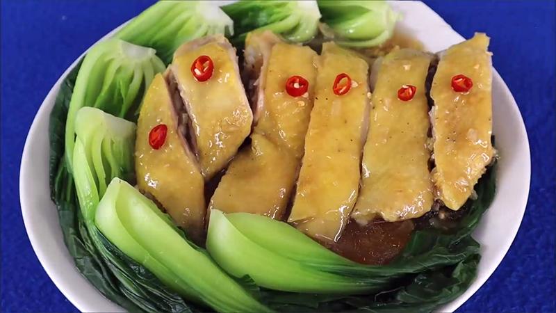 Cách làm gà hấp cải thìa thơm ngon, gà mềm ngọt thịt
