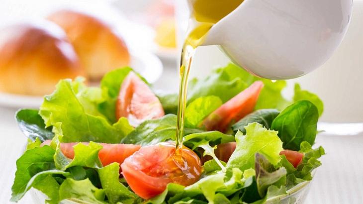dầu giấm trộn salad