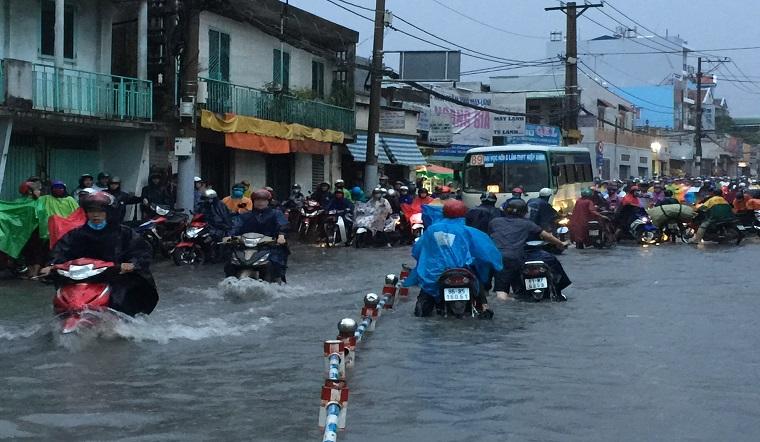 4 ngày tới TP.HCM sẽ đón những cơn mưa lớn, có thể gây ngập lụt ở những khu vực thấp