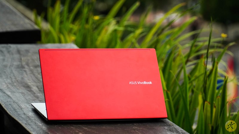 Thiết kế tổng thể ASUS VivoBook S14