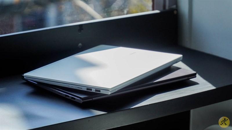 Thiết kế của 2 phiên bản VivoBook S14